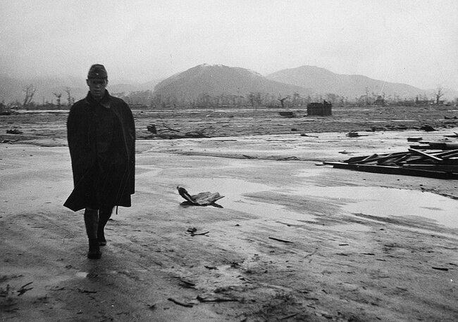 64 года с трагедии Хиросимы (32 фото)