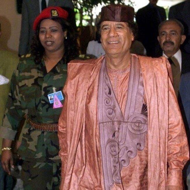 Самый гламурный диктатор. Муаммар бен Мухаммед Абу Меньяр(14 фото)
