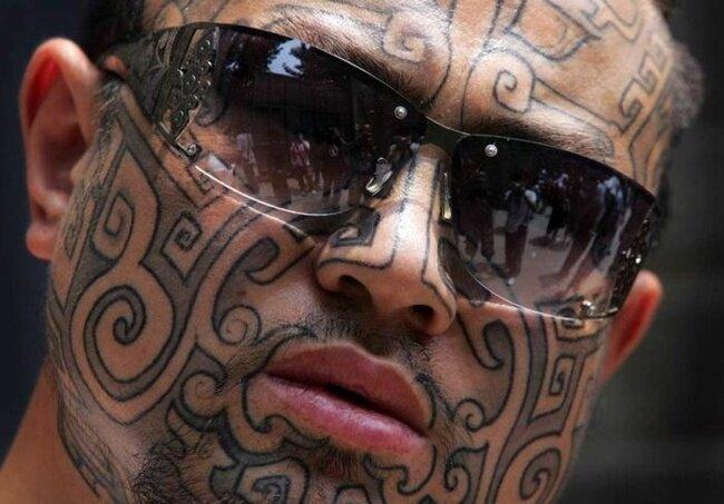 Лица в татуировках (13 фото)