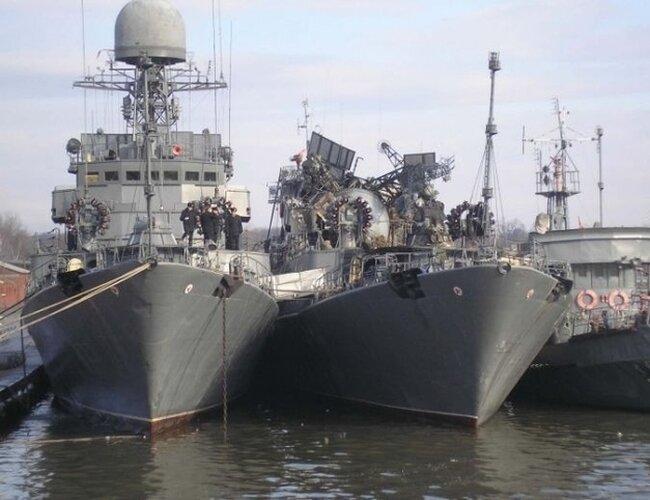 Российский корабль после боя (13 фото)