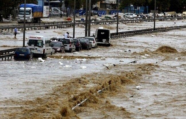 На Турцию обрушился «второй всемирный потоп» (14 фото)