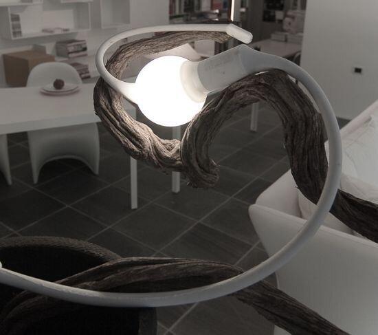 Страння лампа (4 фото)