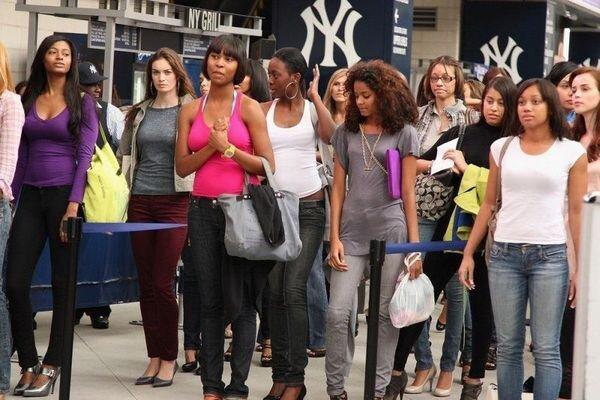 Кастинг моделей для Victorias Secret (9 фото)