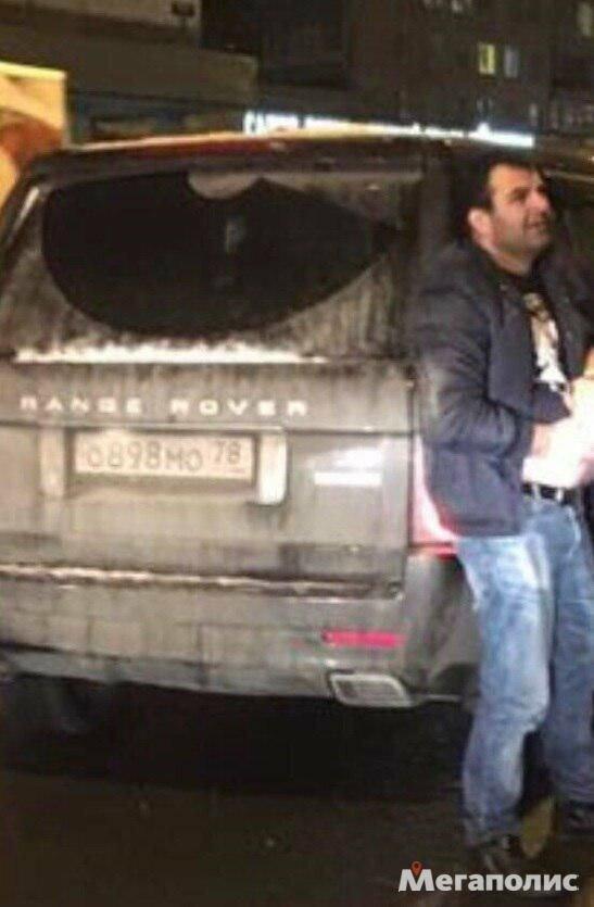 В Невском районе человек из Range Rover попытался убить водителя автобуса с детьми