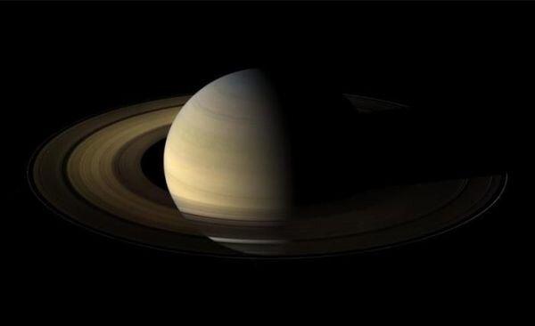 Сатурн (18 фото)