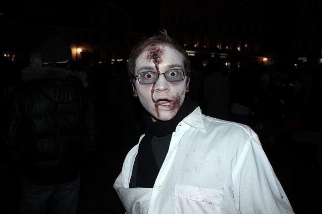 Гулянка зомби (149 фото)