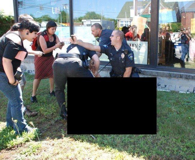 Жестокость американской полиции (5 фото)