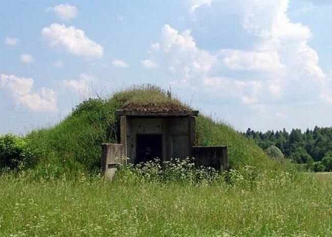 Бункер для важной персоны (12 фото)