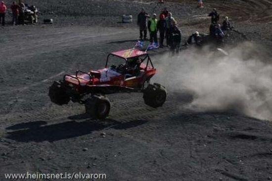 Экстремальные гонки (28 фото)