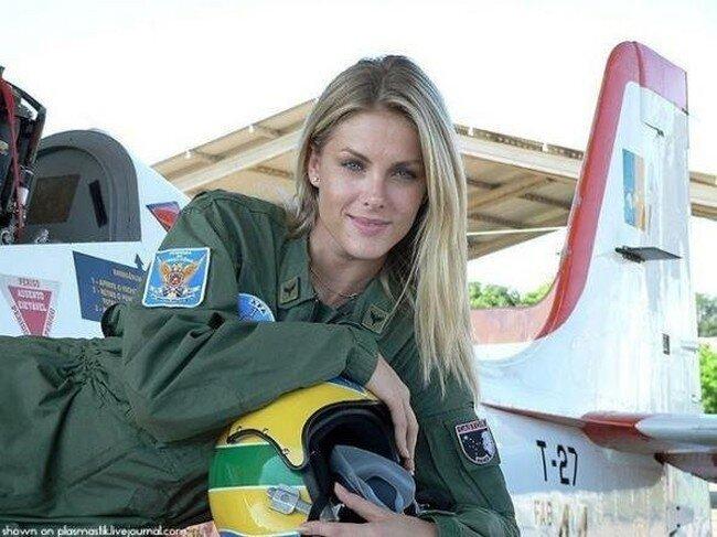 Симпатичные пилотки (16 фото)