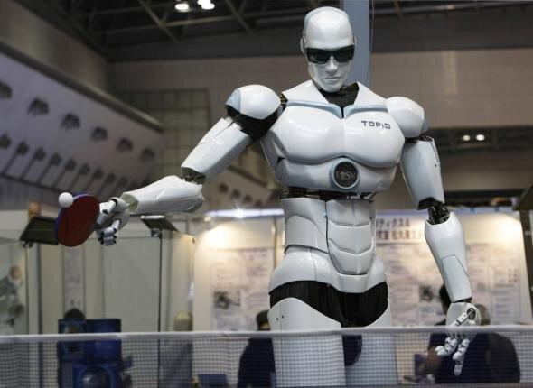 Выставка роботов в Токио (10 фото)