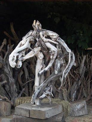 Деревянные животные (40 фото)