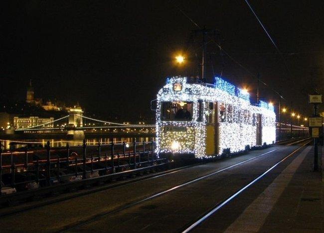Новогодний трамвайчик (3 фото+видео)