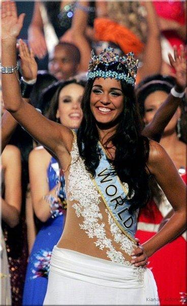 Самая красивая девушка в мире (26 фото + видео + 22 фото остальных участниц)