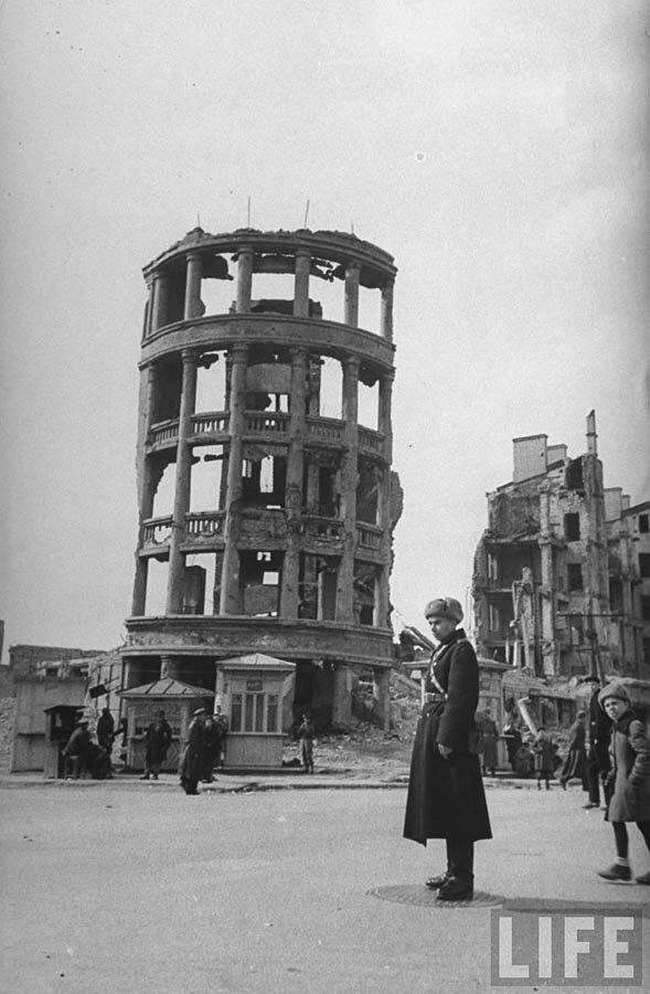 Сталиград в 1947 (37 фото)