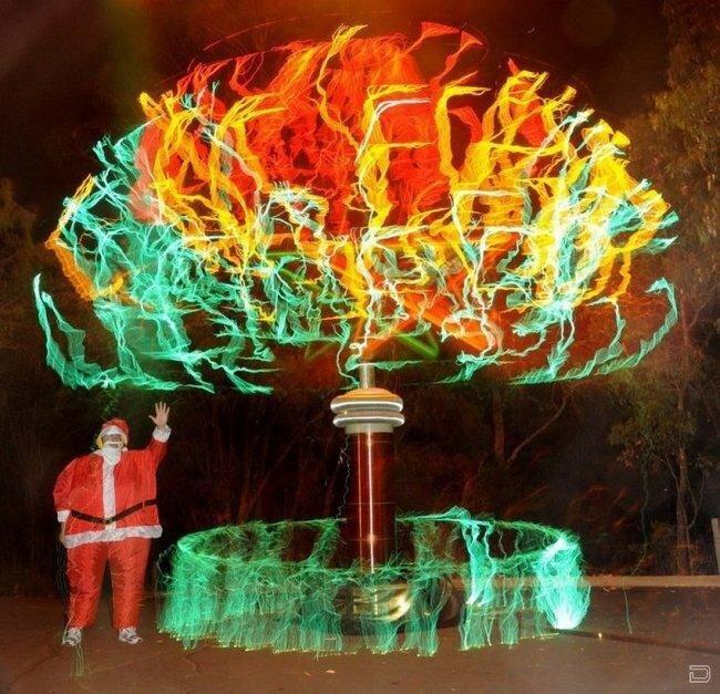 Высоковольтная елка (13 фото)