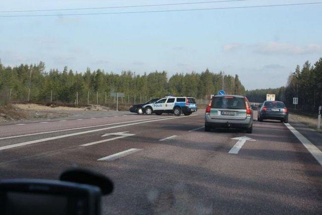 Задержание автоугонщиков в Швеции (8 фото)
