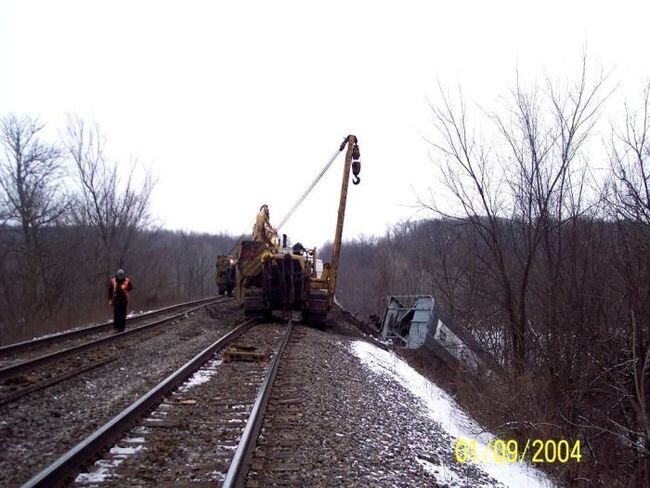 Крушение поезда (16 фото) за 12 января 2010