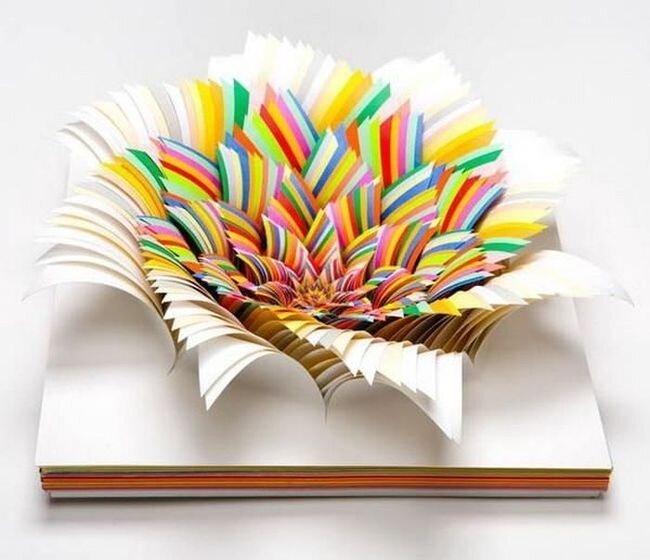 Бумажное искусство (13 фото)