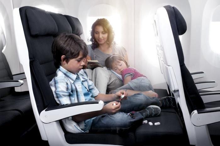Комфортный самолет (4 фото)