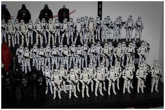 Коллекция поклонника звездных войн (66 фото)