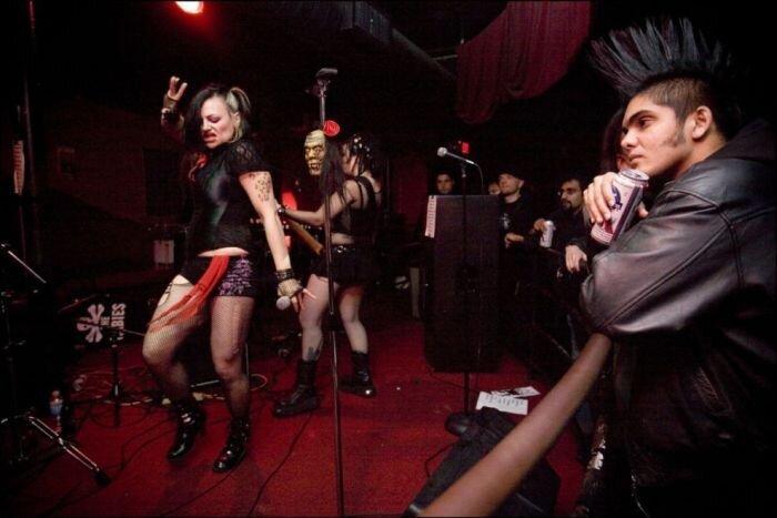 Таквакор - мусульманский панк-рок (32 фото+2 ролика)