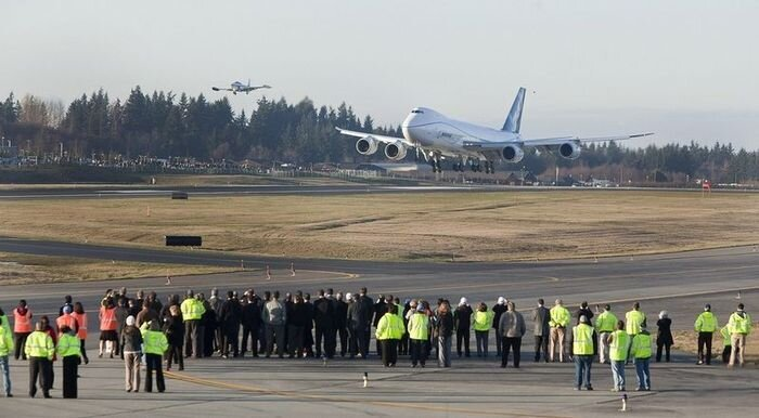Боинг 747 (8 фото)