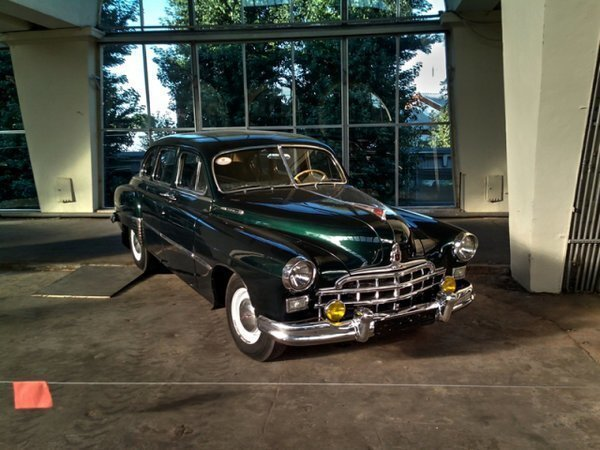 Выставка достижений отечественного и зарубежного автопрома, часть 2 — отечественные авто