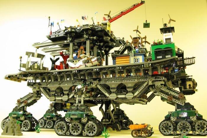 Город из Lego (15 фото)