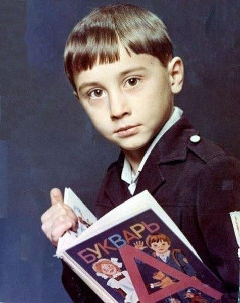 Российские звезды в детстве (48 фото)
