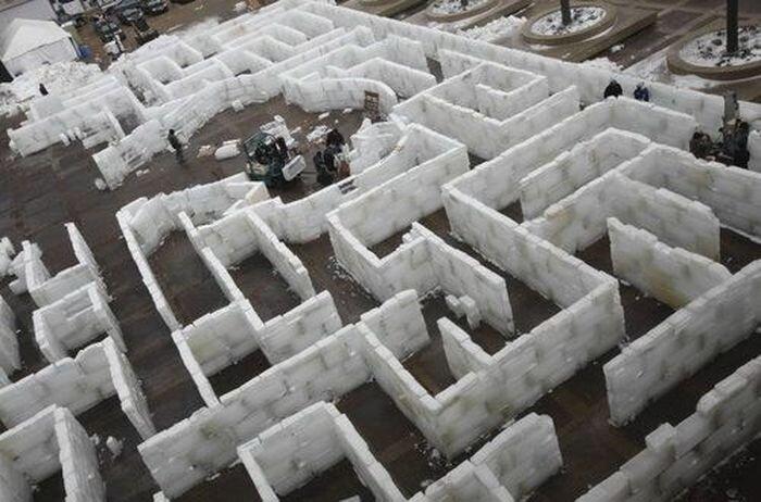Ледовый лабиринт (4 фото)