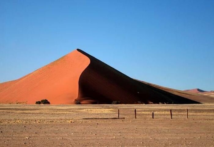 Самые опасные пустыни мира (6 фото)