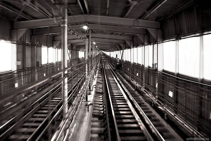 Новосибирское метро. Кабина машиниста. Ленинская ветка (2010)  (17 фото)