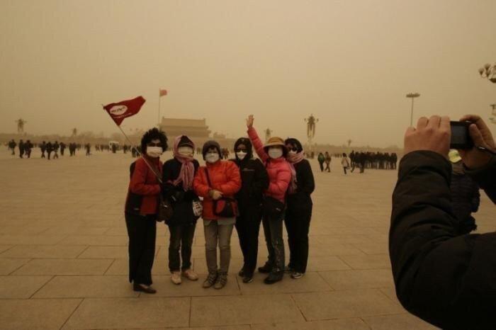 Песчаная буря в Китае (16 фото)