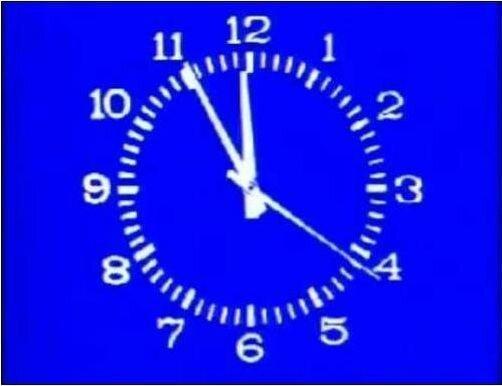 Известные телевизионные часы (4 фото)