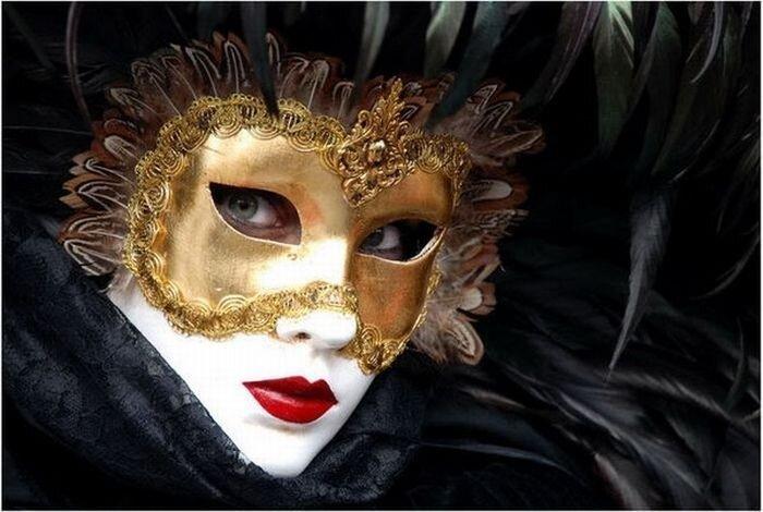 Потрясающие карнавальные маски (46 фото)