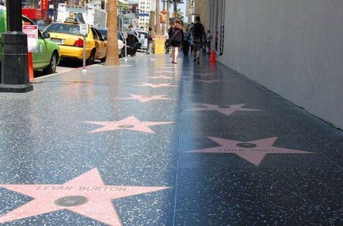 10 страшных секретов Голливуда (21 фото)