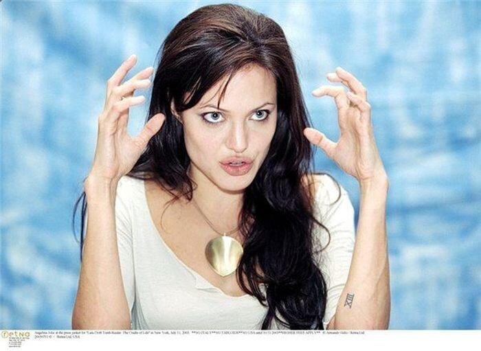 Забавные фотографии Анджелины Джоли (79 фото)