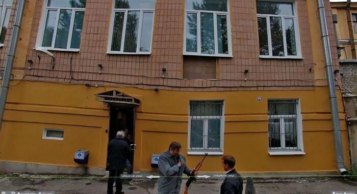 На улице Бобруйской в Питере происходят удивительные вещи (6 фото)