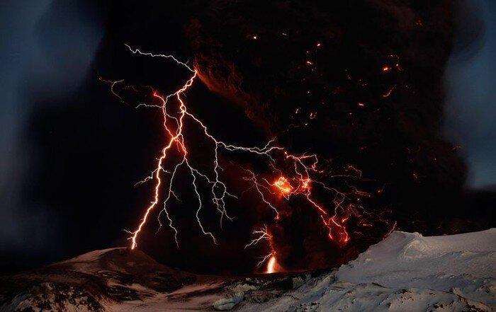 Рядом с вулканом (35 фото)