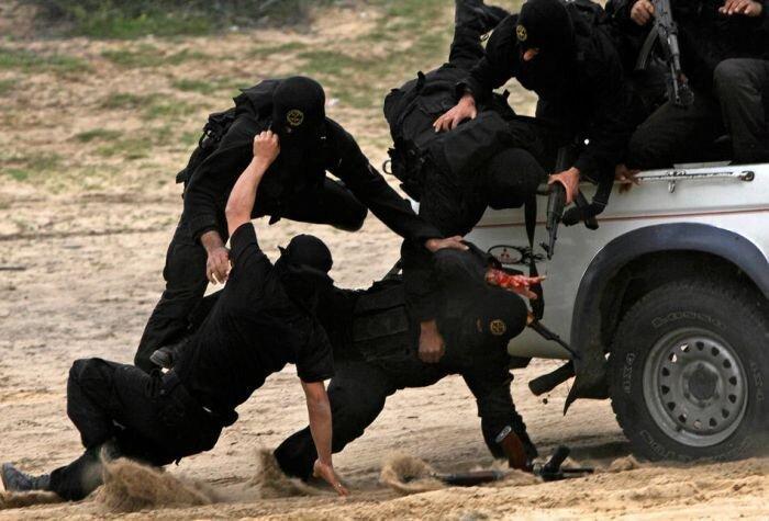 Палестинские боевики (15 фото)