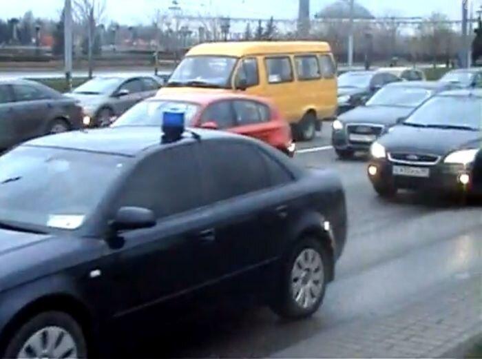 "Снимать ""мигалки"" на проспекте - опасно! Беспредел. (3 видео+текст)"