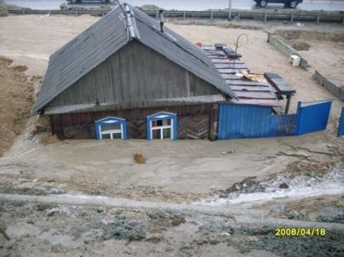 Домик в Томске за 10 млн. рублей (5 фото)