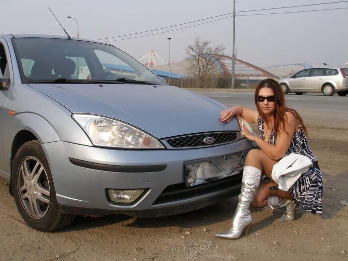 Русские девушки на не русских машинах (50 фото)