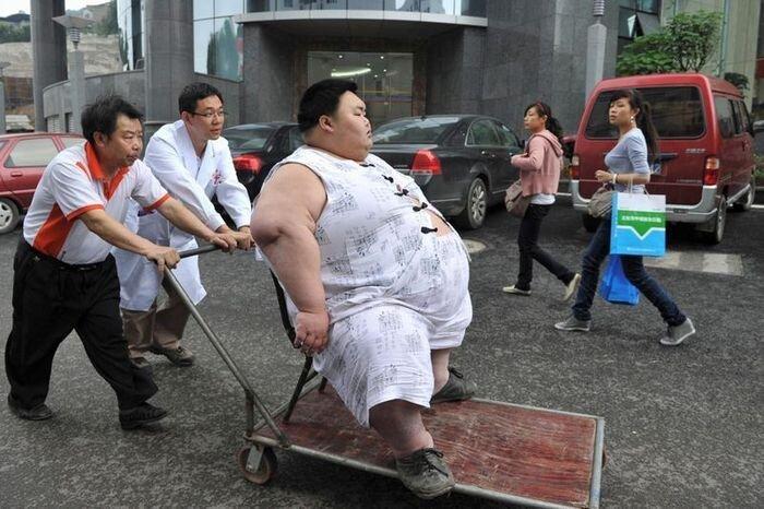 Самый толстый в мире китаец (10 фото)