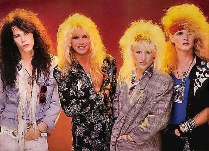 Смешные певцы 80-х (24 фото)