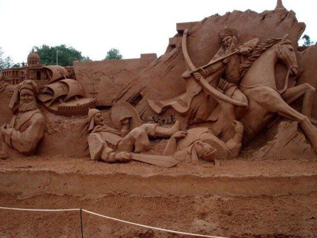 Скульптуры из песка (57 фото)