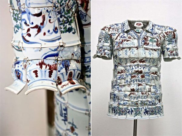 Одежда из фарфора (8 фото)