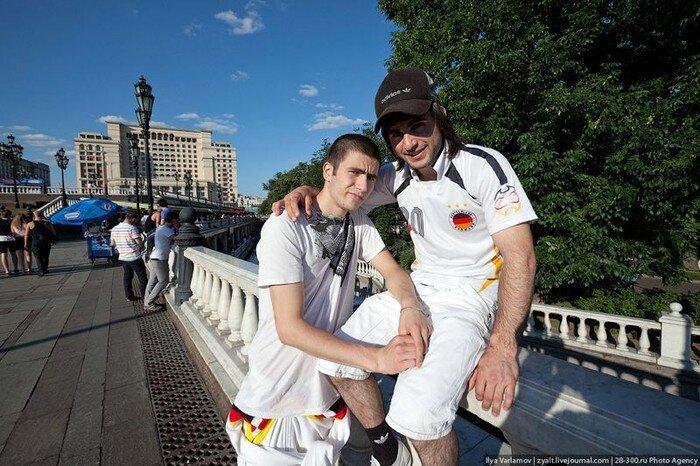 Как москвичи с жарой боролись (24 фото)
