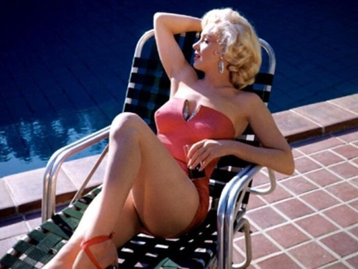 Купальные костюмы 50-х. Мэрилин Монро (112 фото)